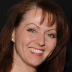 portrait : Arem Valerie M.